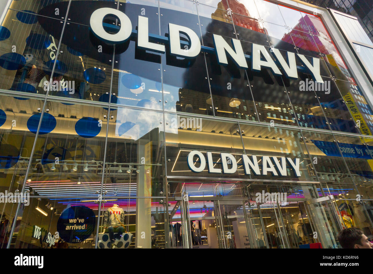 customers shop in the brand new old navy store in times
