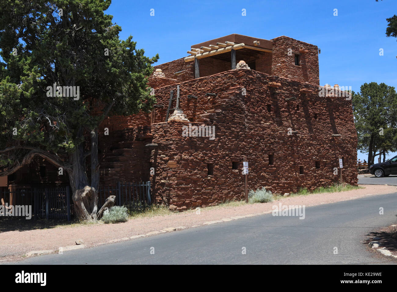 Hopi house grand canyon stock photos hopi house grand for Canyon house