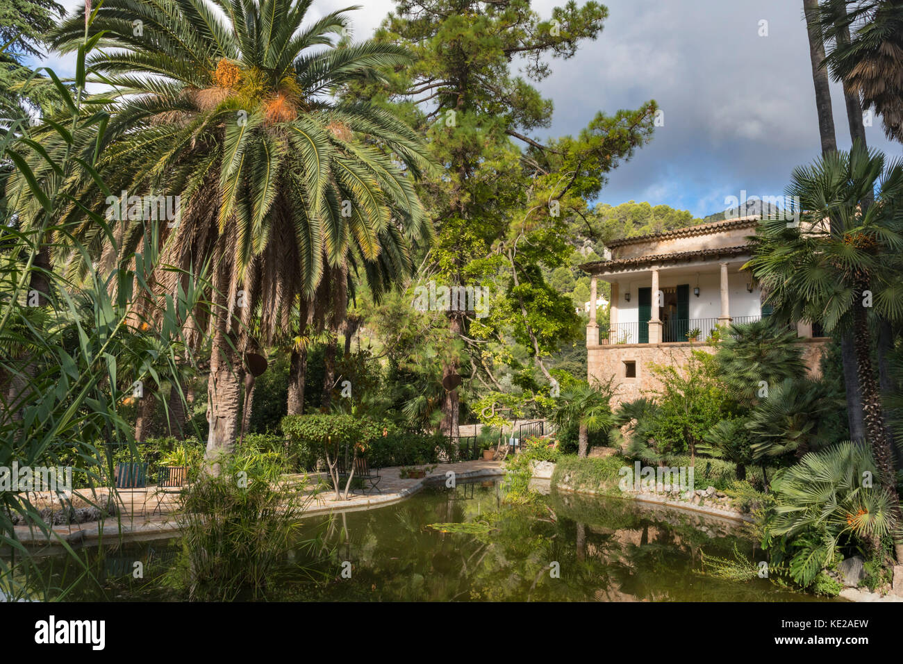 Jardines de alfabia stock photos jardines de alfabia for Jardines mallorca