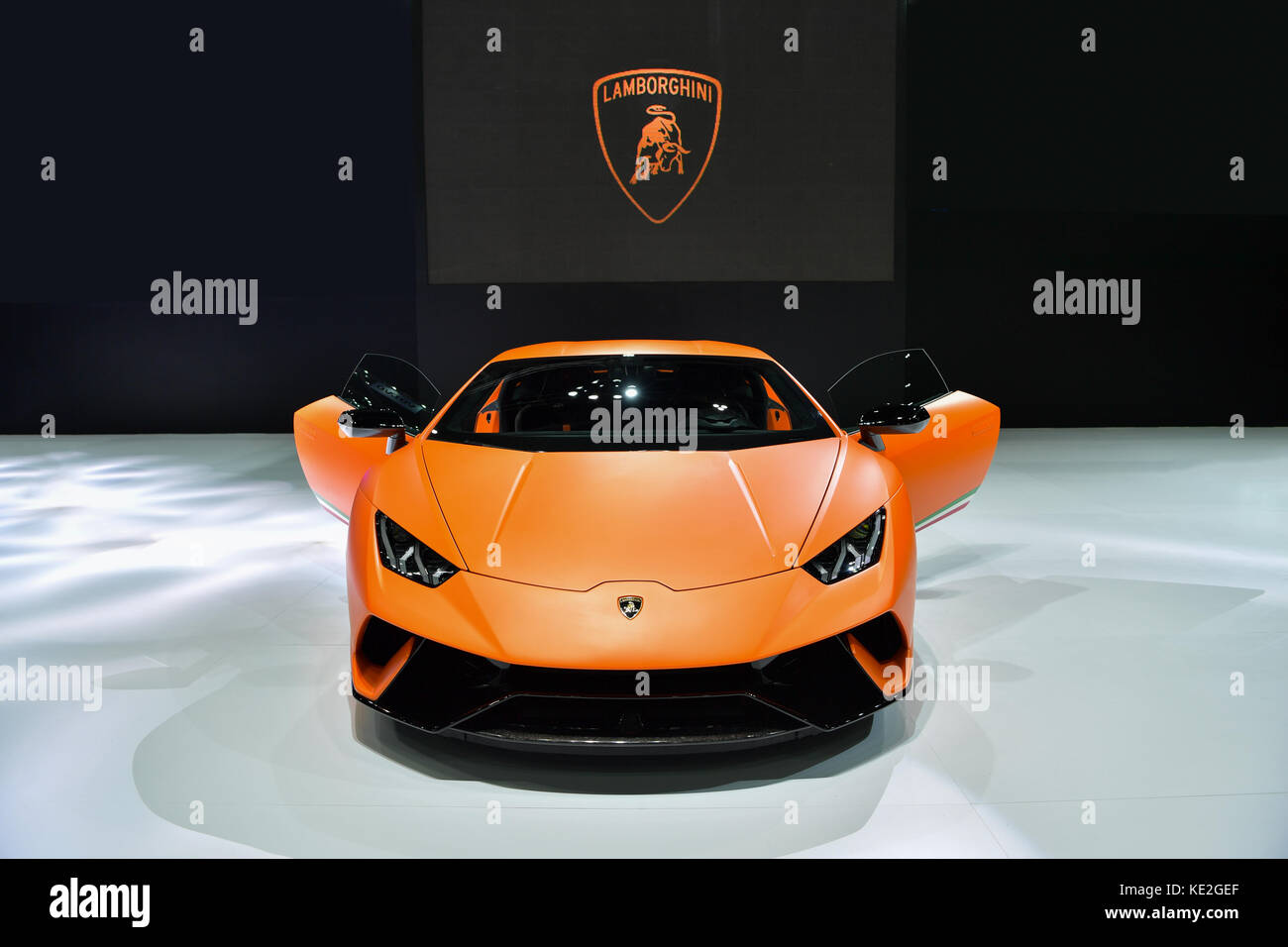 huracan performante stock photos huracan performante stock images alamy. Black Bedroom Furniture Sets. Home Design Ideas