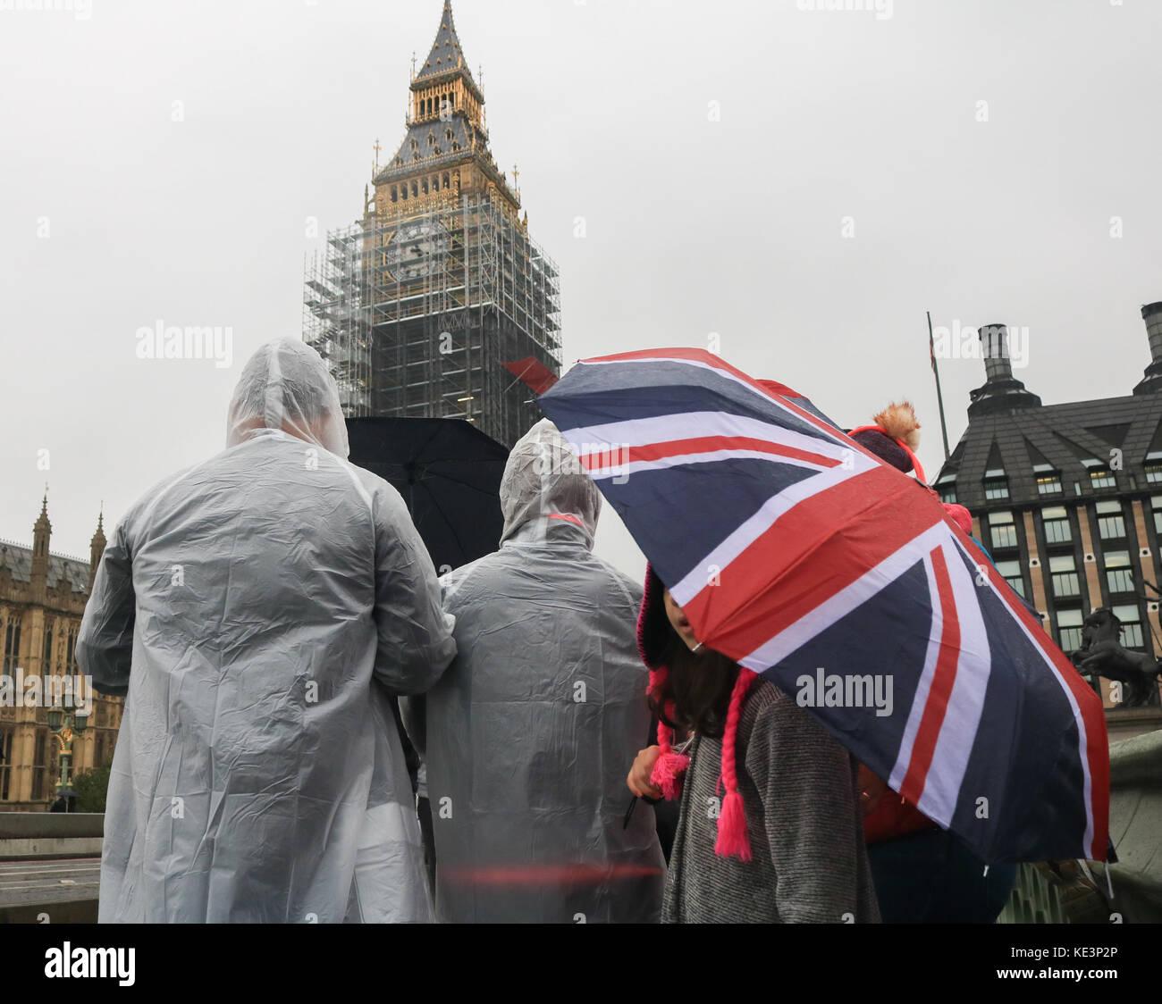 Rainy Day In London Stock Photos & Rainy Day In London ...
