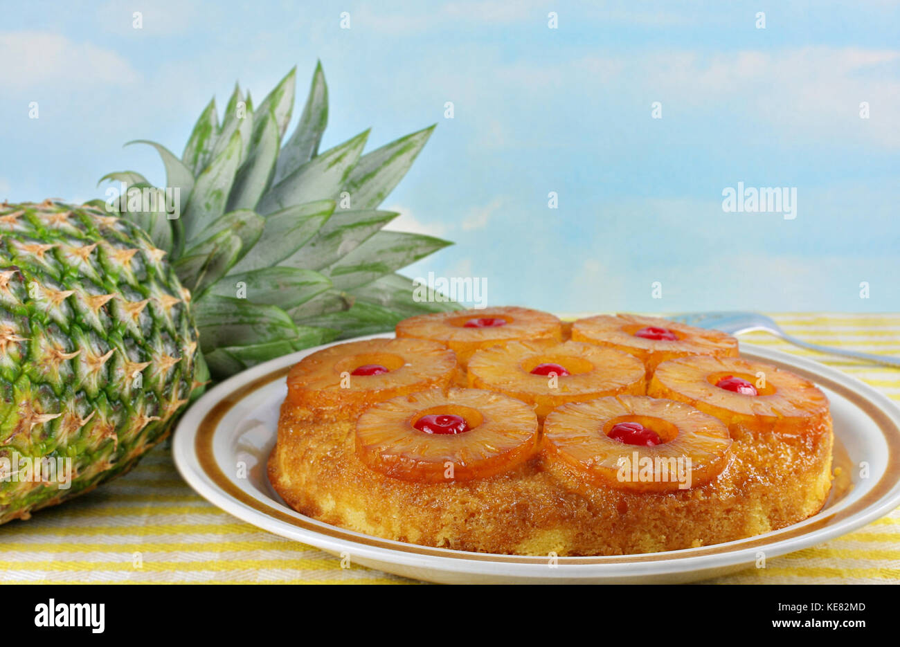 how to cut a fresh whole pineapple