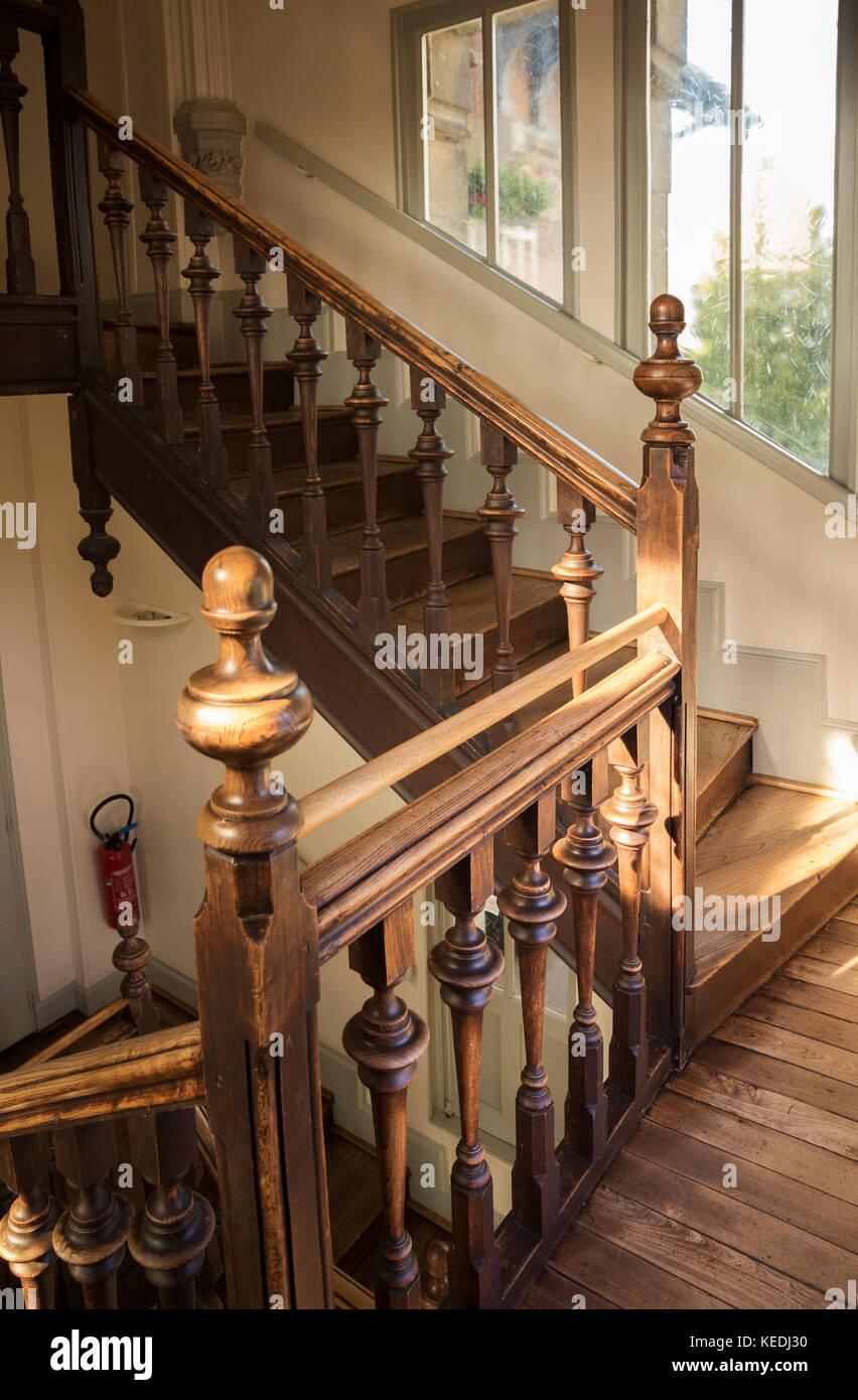 le relais stock photos le relais stock images alamy. Black Bedroom Furniture Sets. Home Design Ideas