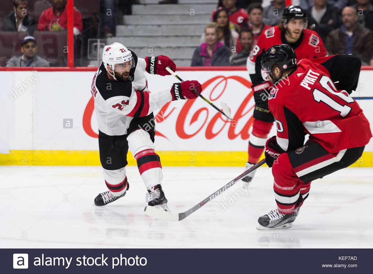 fe8cb1a93 ... New Jersey Devils Kyle Palmieri (21 ...
