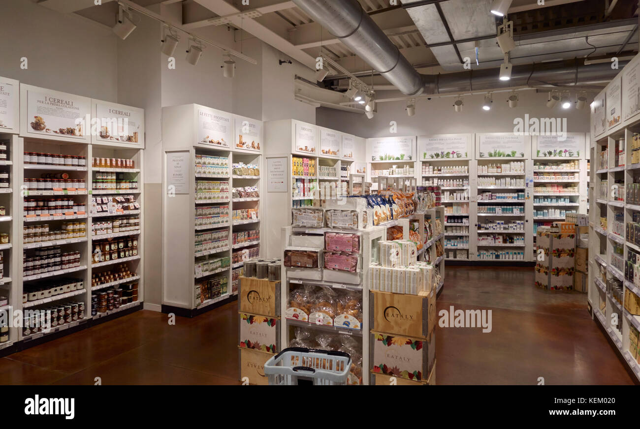 eataly food store in milano piazza 25 aprile italy stockForEataly Milano Piazza 25 Aprile