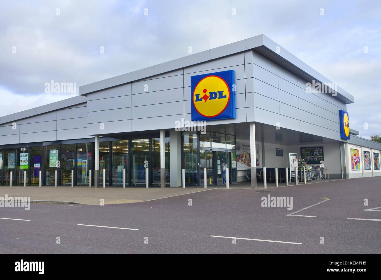 Supermarket Germany Lidl Stock Photos & Supermarket Germany Lidl Stock Images - Alamy