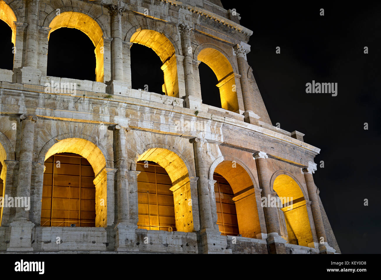 roman public entertainment Ancient roman holidays & festivals  fresh laurels were hung on public buildings at the same time it was festival to mars with dances of the priestly college.