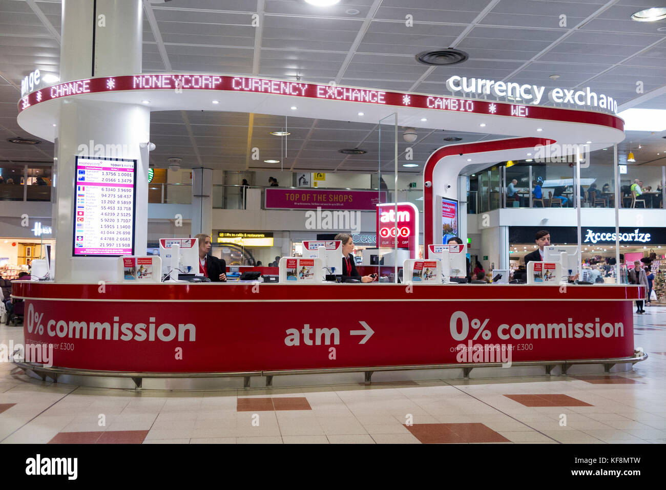 Moneycorp stock photos moneycorp stock images alamy - Gatwick airport bureau de change ...