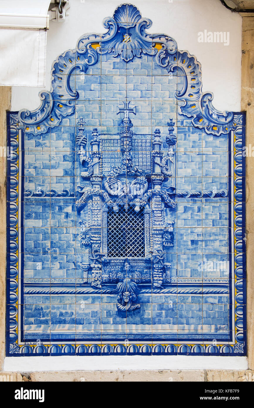 Ceramic tiles stock photos ceramic tiles stock images alamy azulejo blue ceramic tiles of the famous chapterhouse window convent of christ outside a dailygadgetfo Images