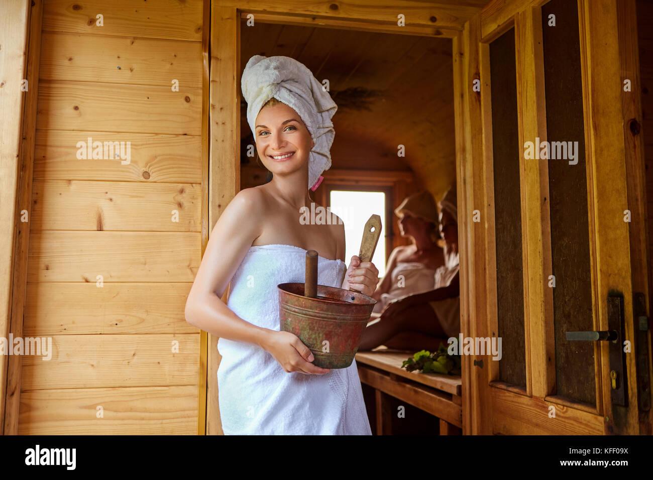 Русских баня и фото девчонок давалка порно