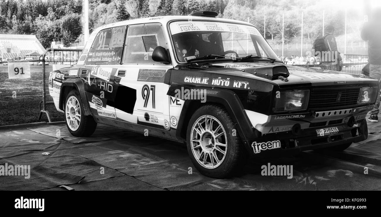 SANMARINO, SANMARINO - OTT 21, 2017 : LADA VFTS 1989 in old racing ...