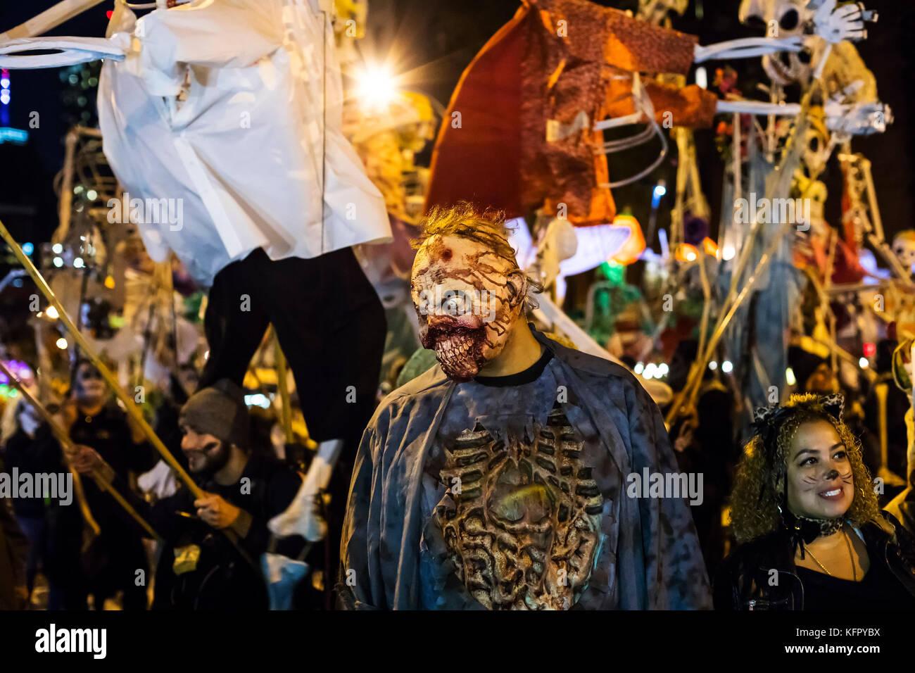 New York, USA. 1st Nov, 2017. New York's annual Village Halloween ...