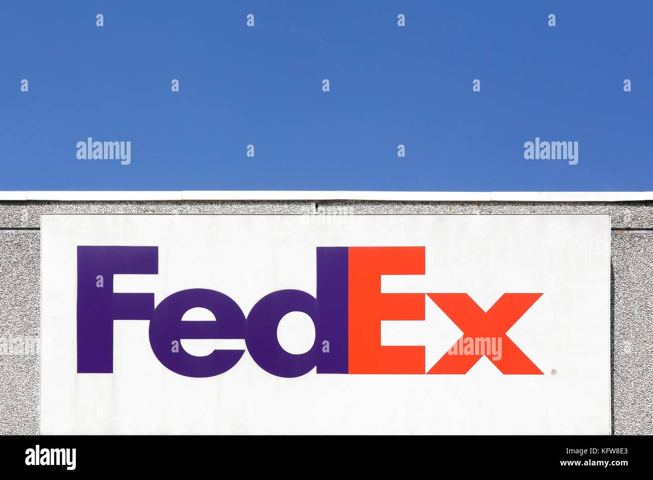 fedex corporation View fedex corporation fdx investment & stock information get the latest fedex corporation fdx detailed stock quotes, stock data, real-time ecn, charts, stats and more.
