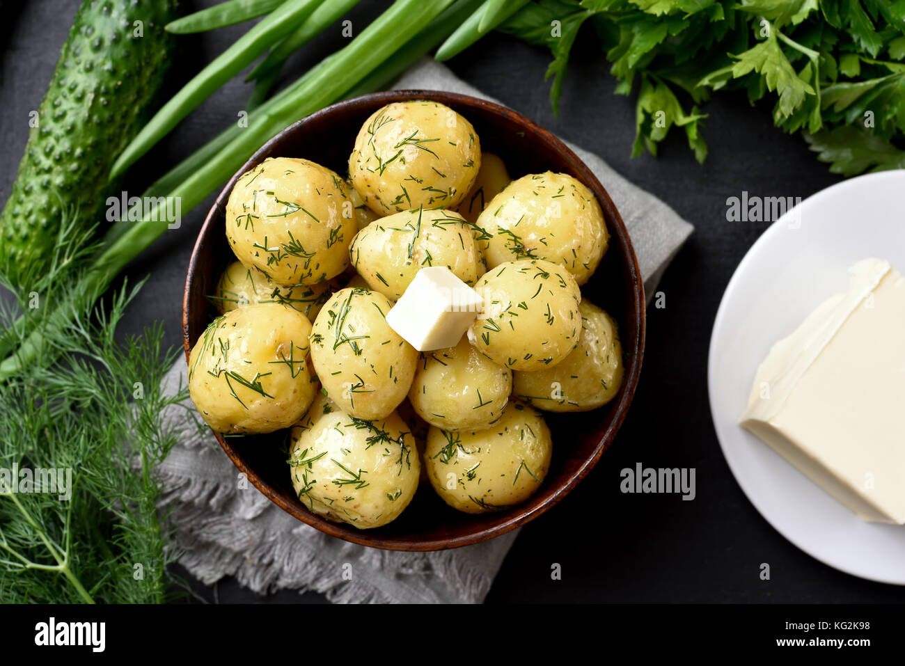 how to make tasty boiled potatoes