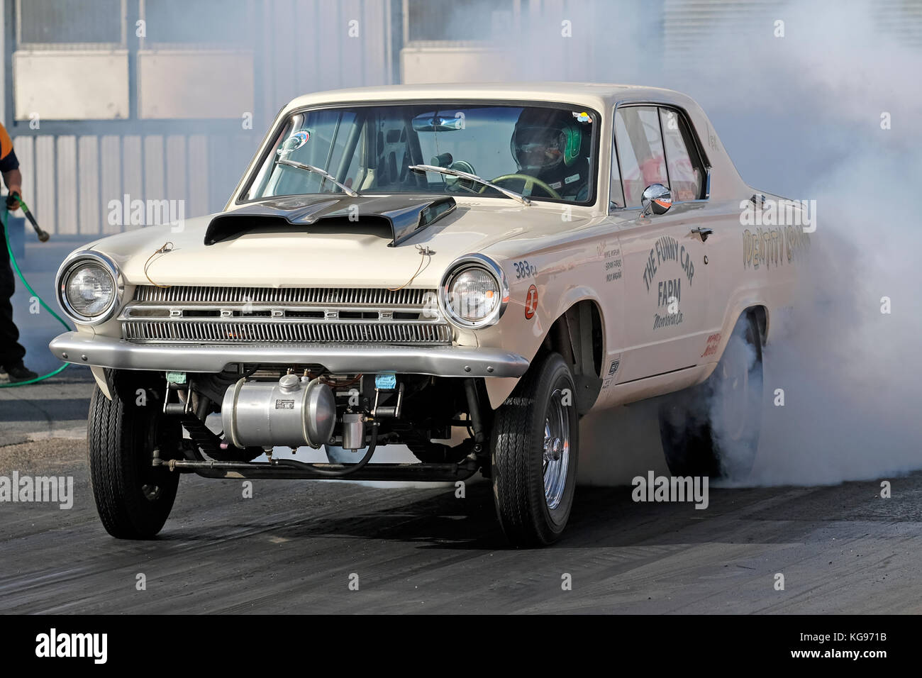 The Funny Car Farm Dodge Dart Gasser Dragster Burns Out At Santa Pod