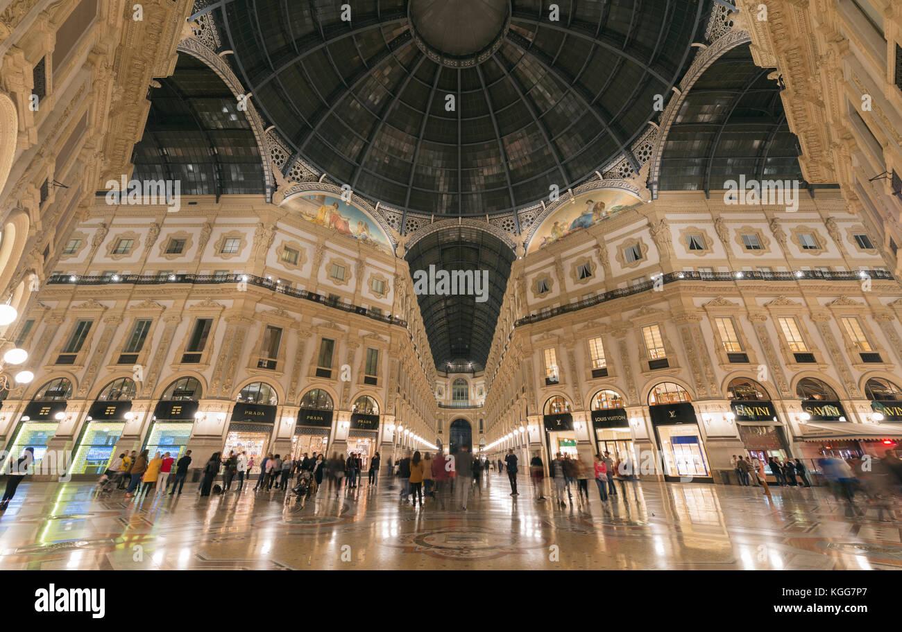 Milan Shopping Mall Stock Photos & Milan Shopping Mall ...