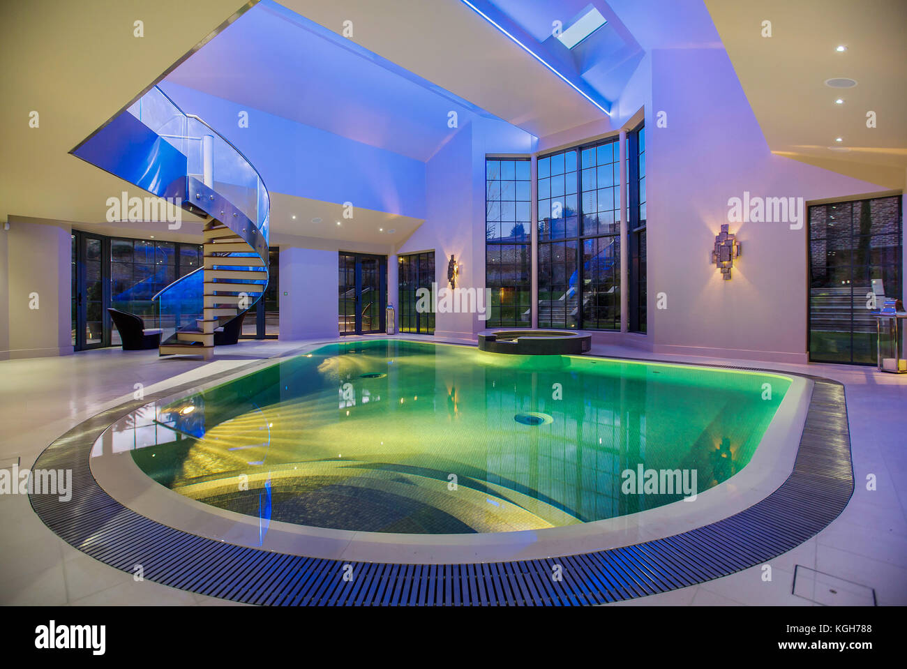 Sauna house stock photos sauna house stock images alamy for Luxury pool area