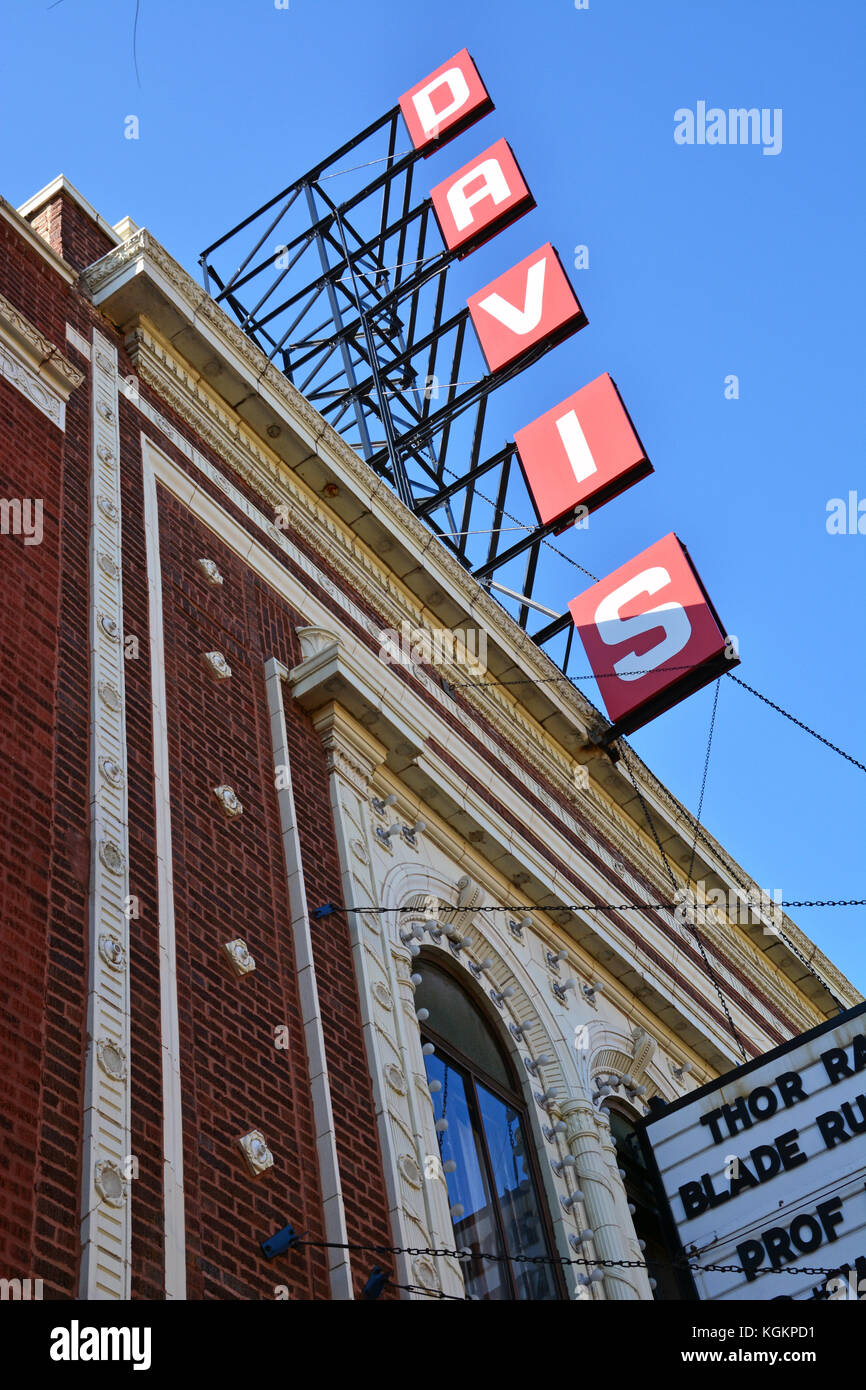 The Davis Is A Small Neighborhood Movie Theater In Lincoln Square On