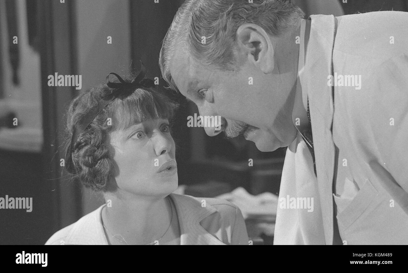 Death on the nile peter ustinov online dating. Dating for one night.