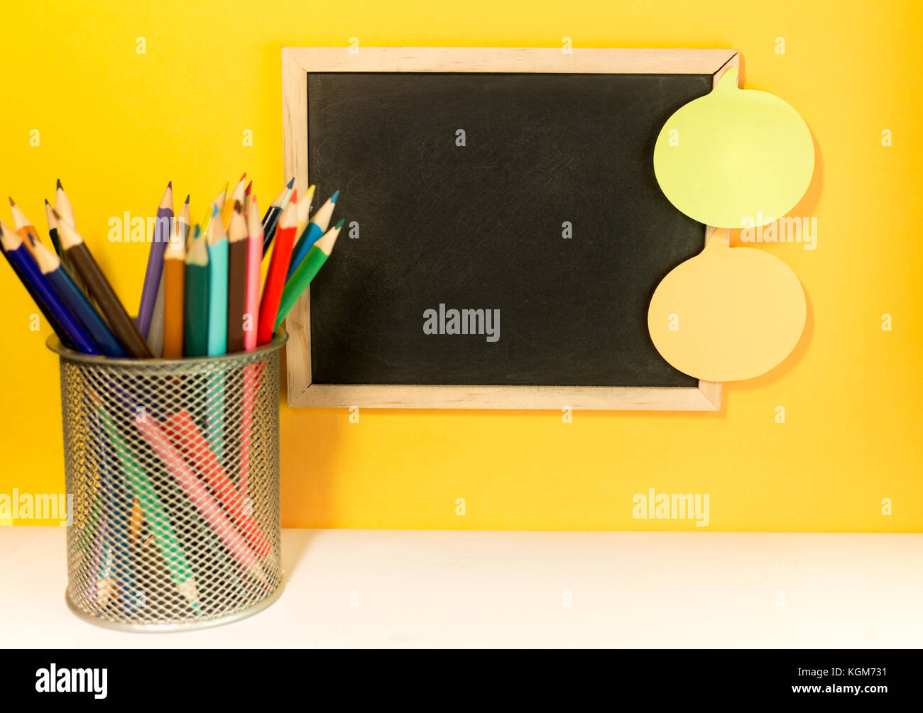 Chalk Board Wall Stock Photos & Chalk Board Wall Stock Images - Alamy