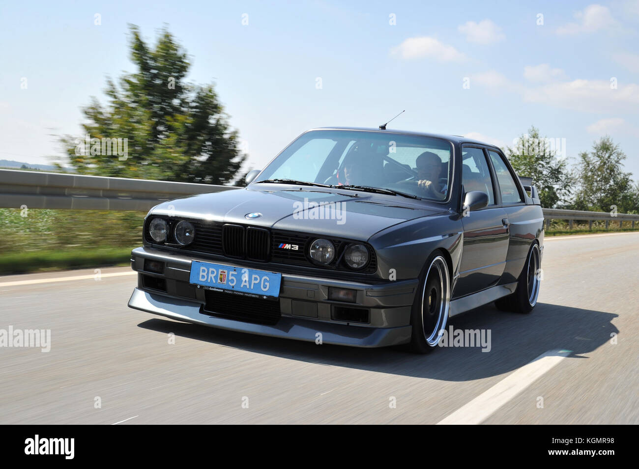 BMW E30 M3 3 Series Modified With A V10 Engine