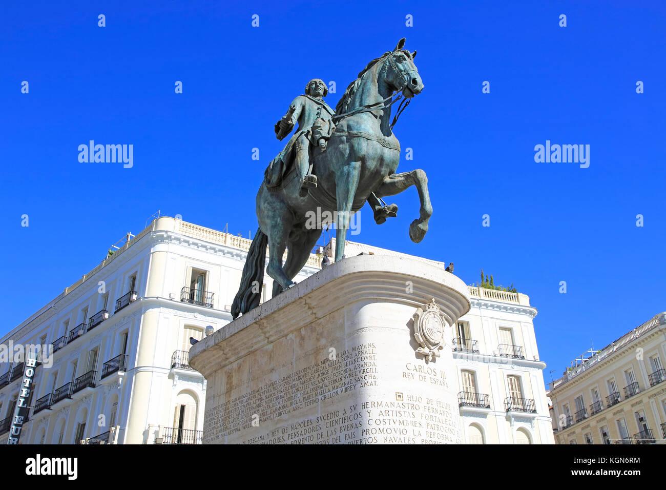 Madrid city centre stock photos madrid city centre stock for Plaza de la puerta del sol