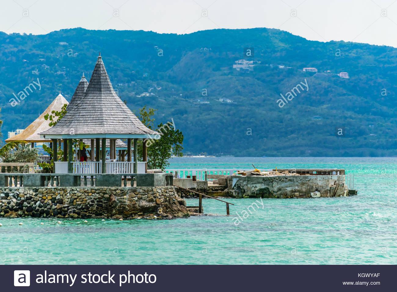 Nice SeaGarden Beach Resort, Montego Bay, Jamaica