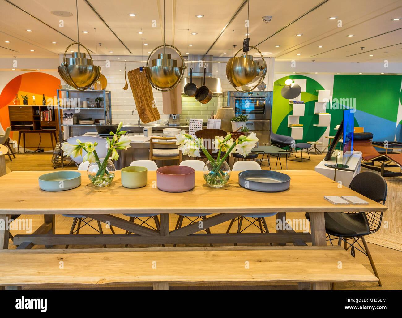 The Conran Shop Interior , Upmarket Homewares, Lighting, Furniture,  Emporium On Marleybone High