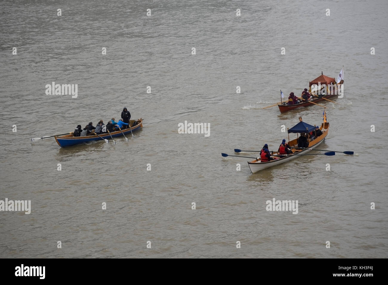 Row Of Rowing Boats Stock Photos Amp Row Of Rowing Boats