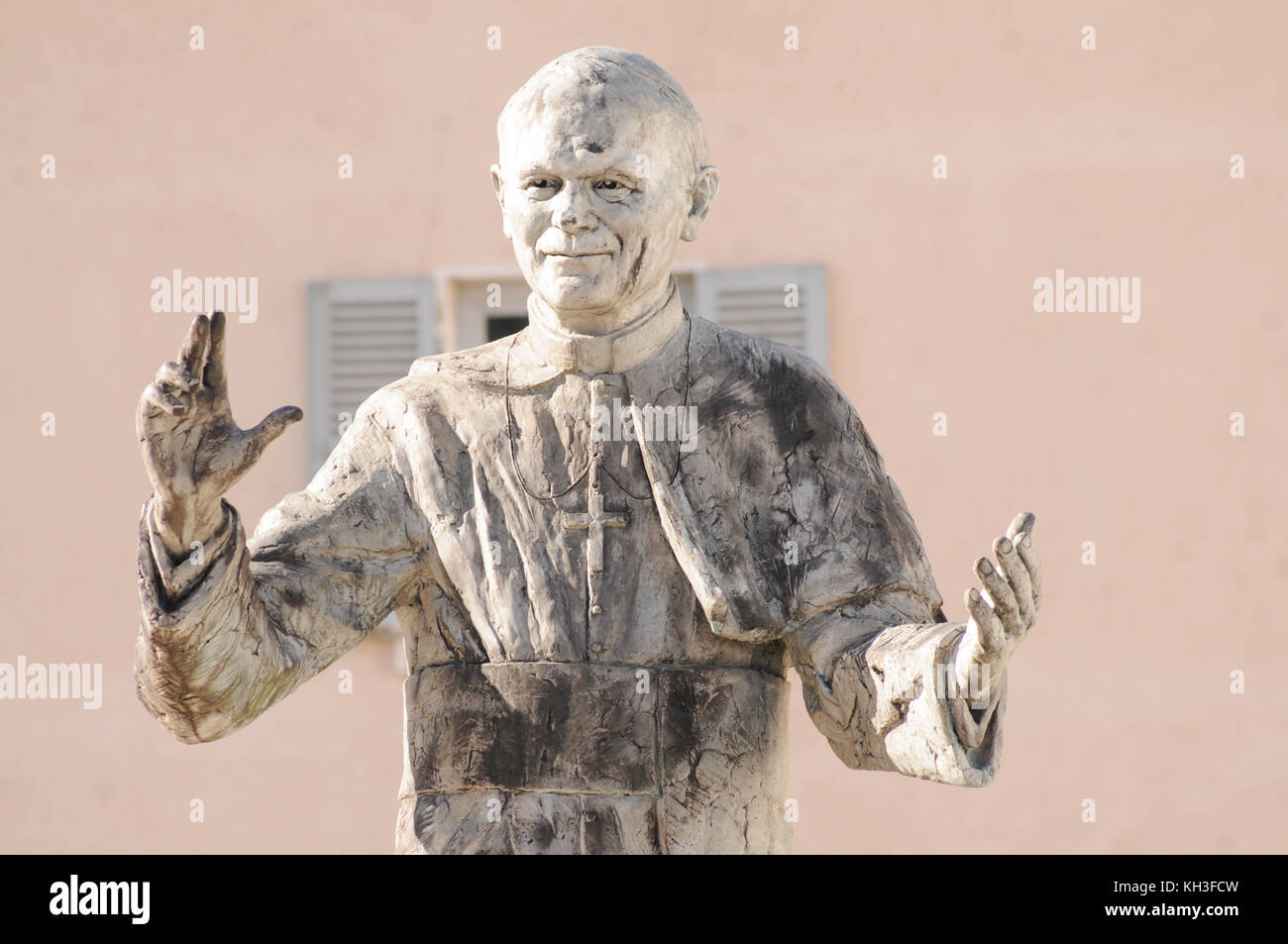 Statue Saint Marie Vill