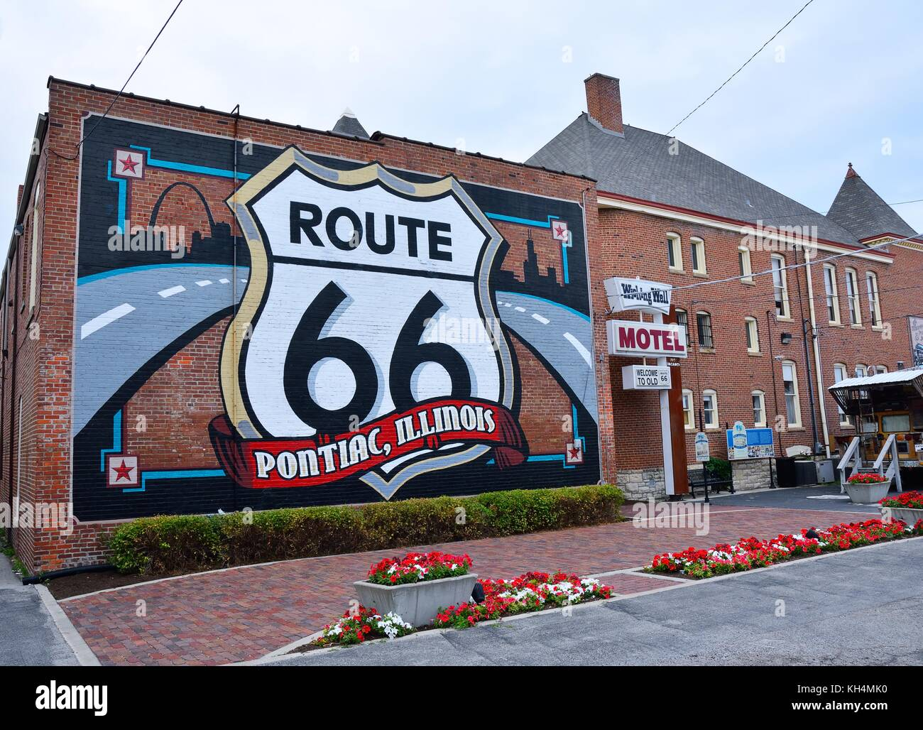 Route 66 mural city stock photos route 66 mural city for Route 66 mural