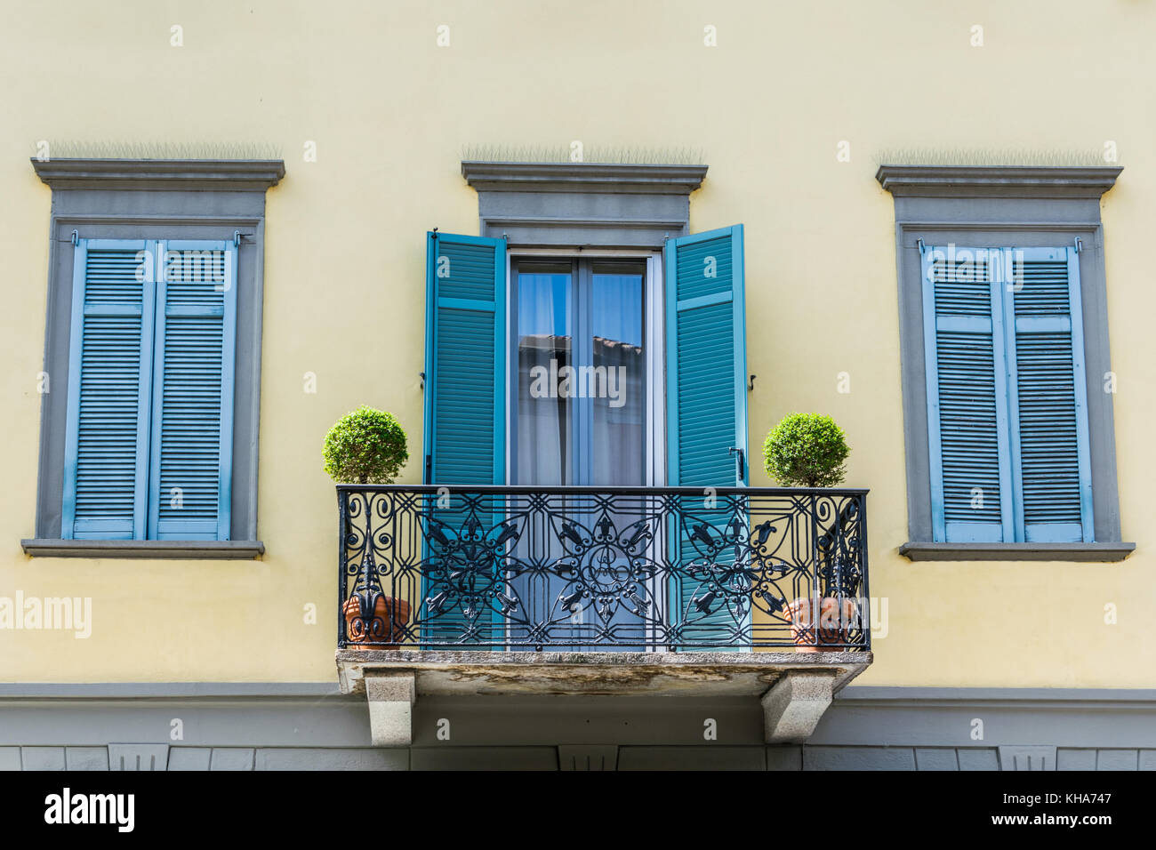 Italian balcony stock photos italian balcony stock for Balcony in italian
