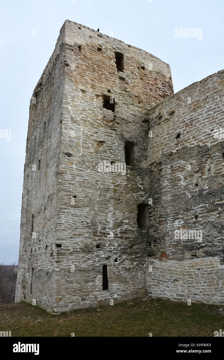 Izborsk fortress, Pskov region: photo and description, history of sights, how to get 54