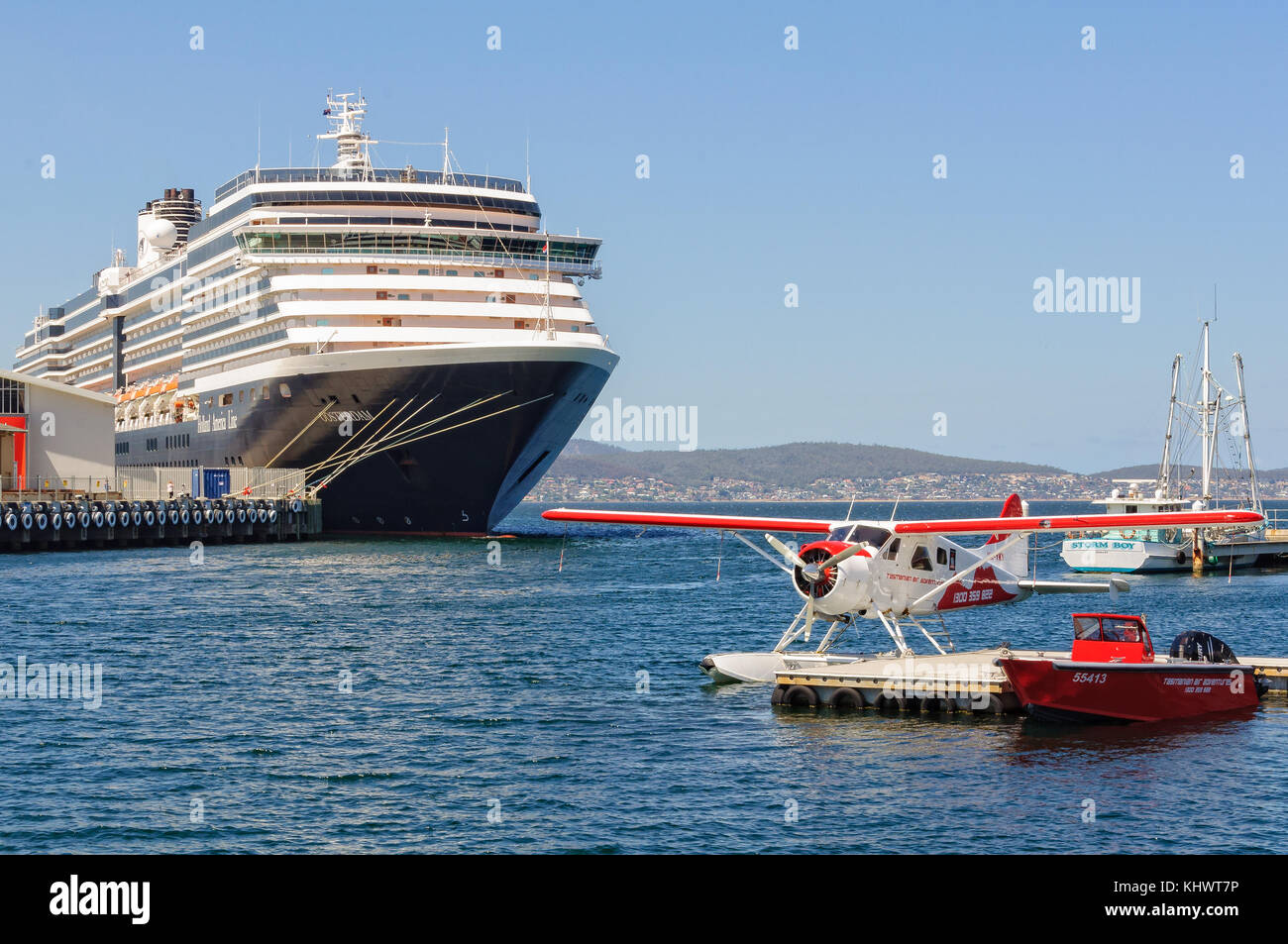 Holland America Line Cruise Ship Oosterdam Harbour Stock Photos - Ms oosterdam