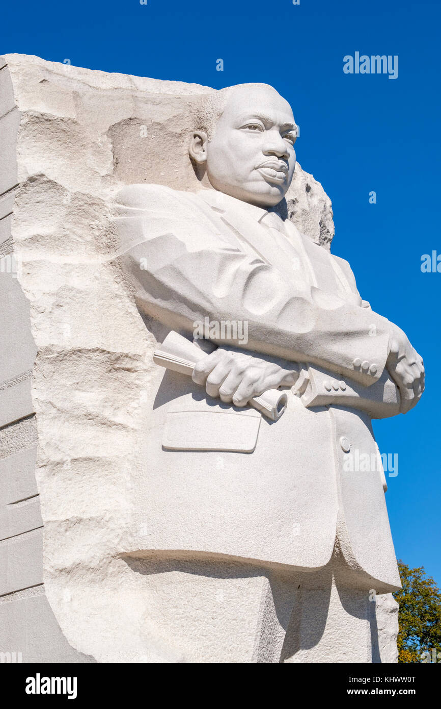 Side View Of Martin Luther King Memorial Mlk Memorial By Artist