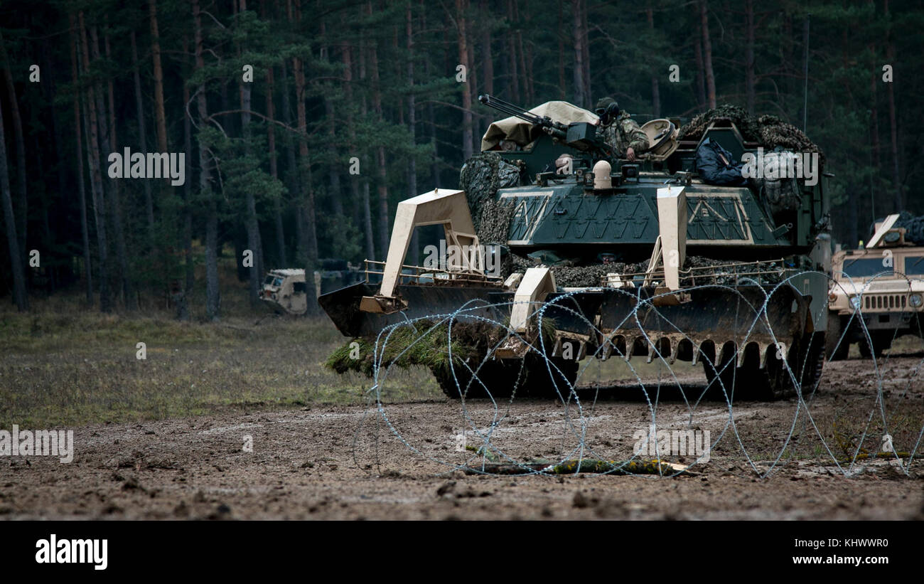 battalion and armored brigade combat The armored brigade combat team (abct) is the army's primary armored force within the army, there are 14 abcts, each of which consists of seven battalions.