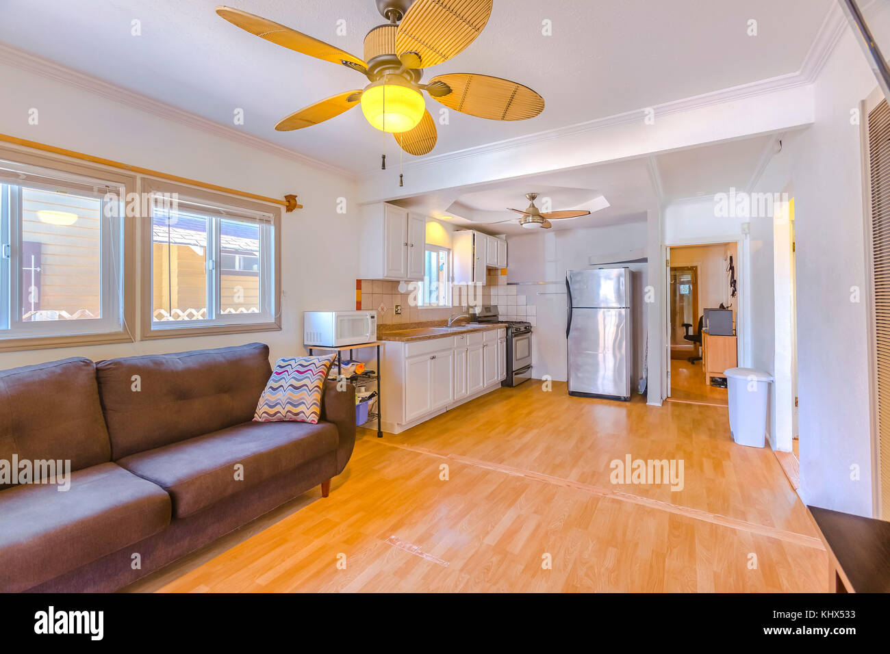 Living Room With Bamboo Flooring And Paneled Ceiling Fan. Wonderful  California Home In San Diego County. Real Estate Listings With Powerful  Visuals