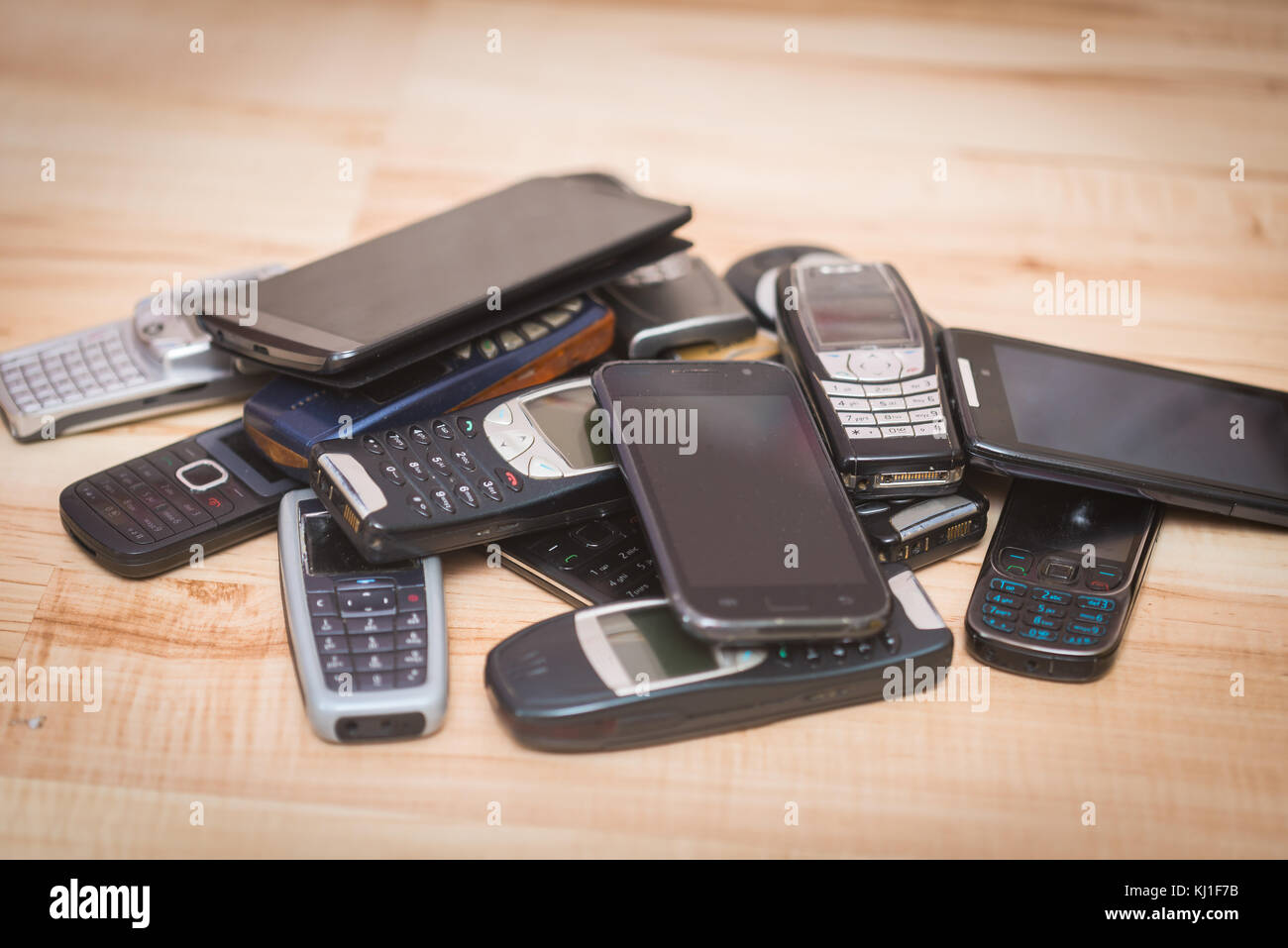 Pile Of Cell Phones : Pile phones stock photos images alamy