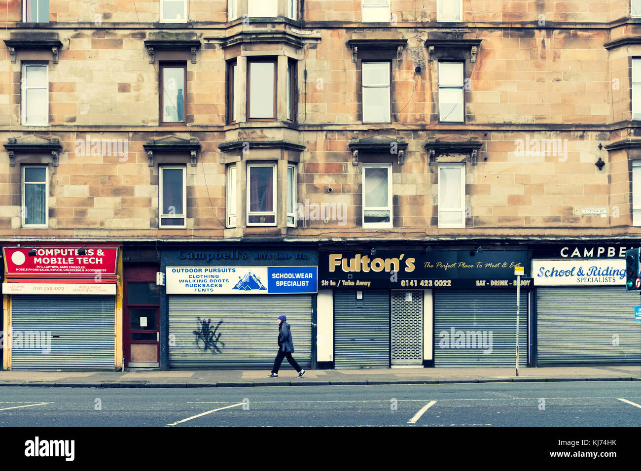 Shops glasgow stock photos shops glasgow stock images for Apartments with shops below