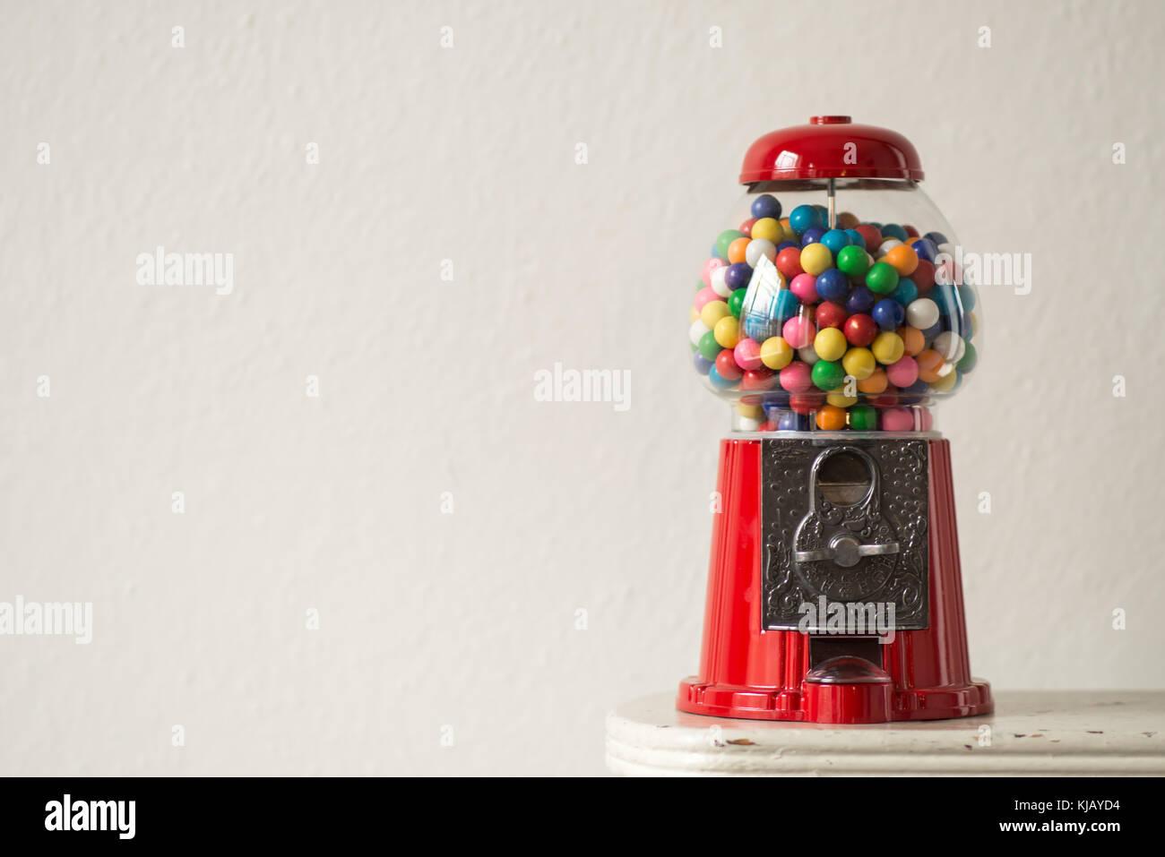 Old fashioned bubble gum machine 8