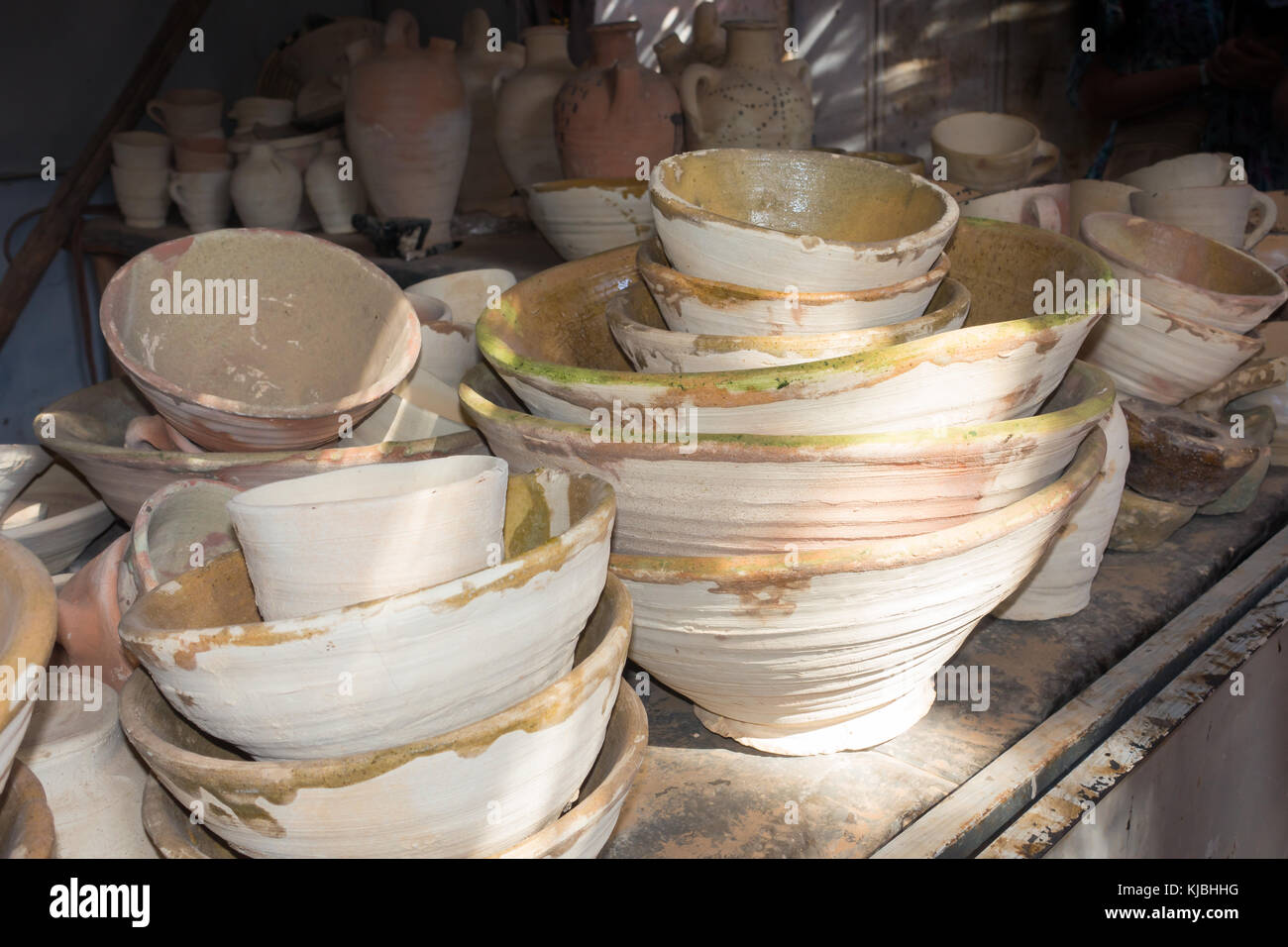 Moroccan vase stock photos moroccan vase stock images alamy closeup of handmade clay bowls pots and vases at a market stall in morocco reviewsmspy