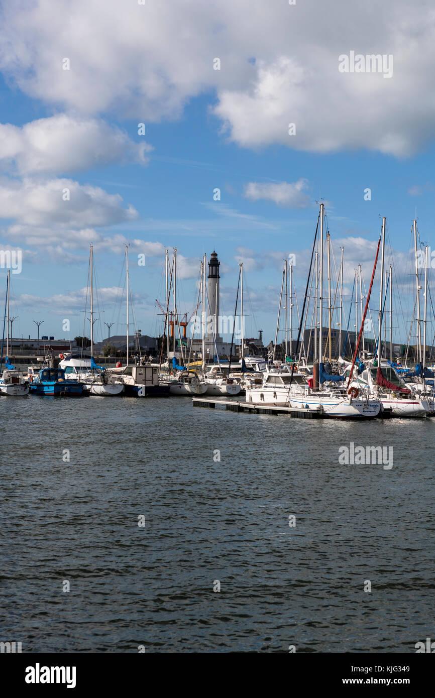 Repairs france building stock photos repairs france building stock images alamy - Dunkirk port france address ...