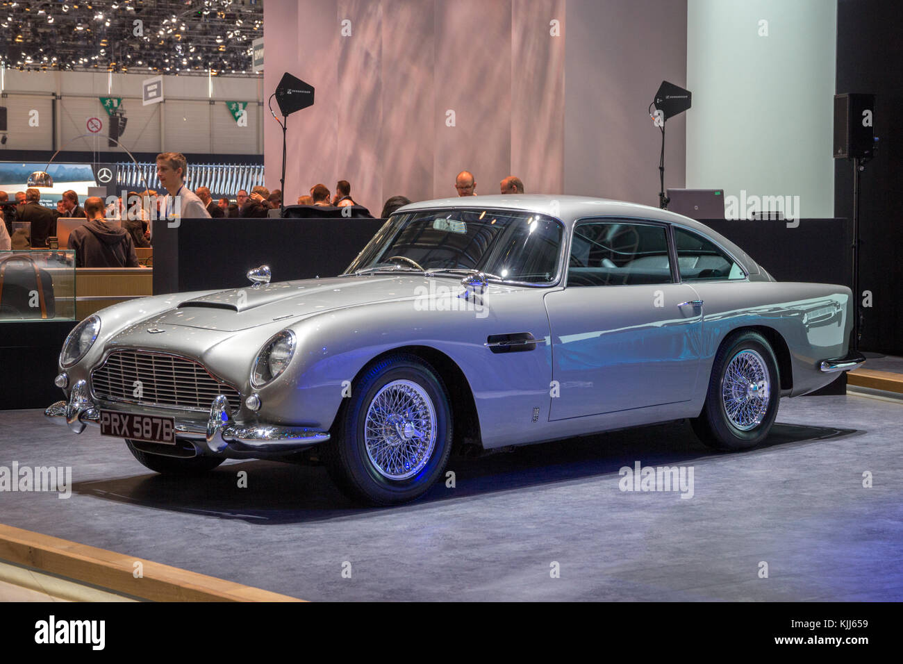 1964 aston martin db5 stock photos 1964 aston martin db5 stock images alamy. Black Bedroom Furniture Sets. Home Design Ideas