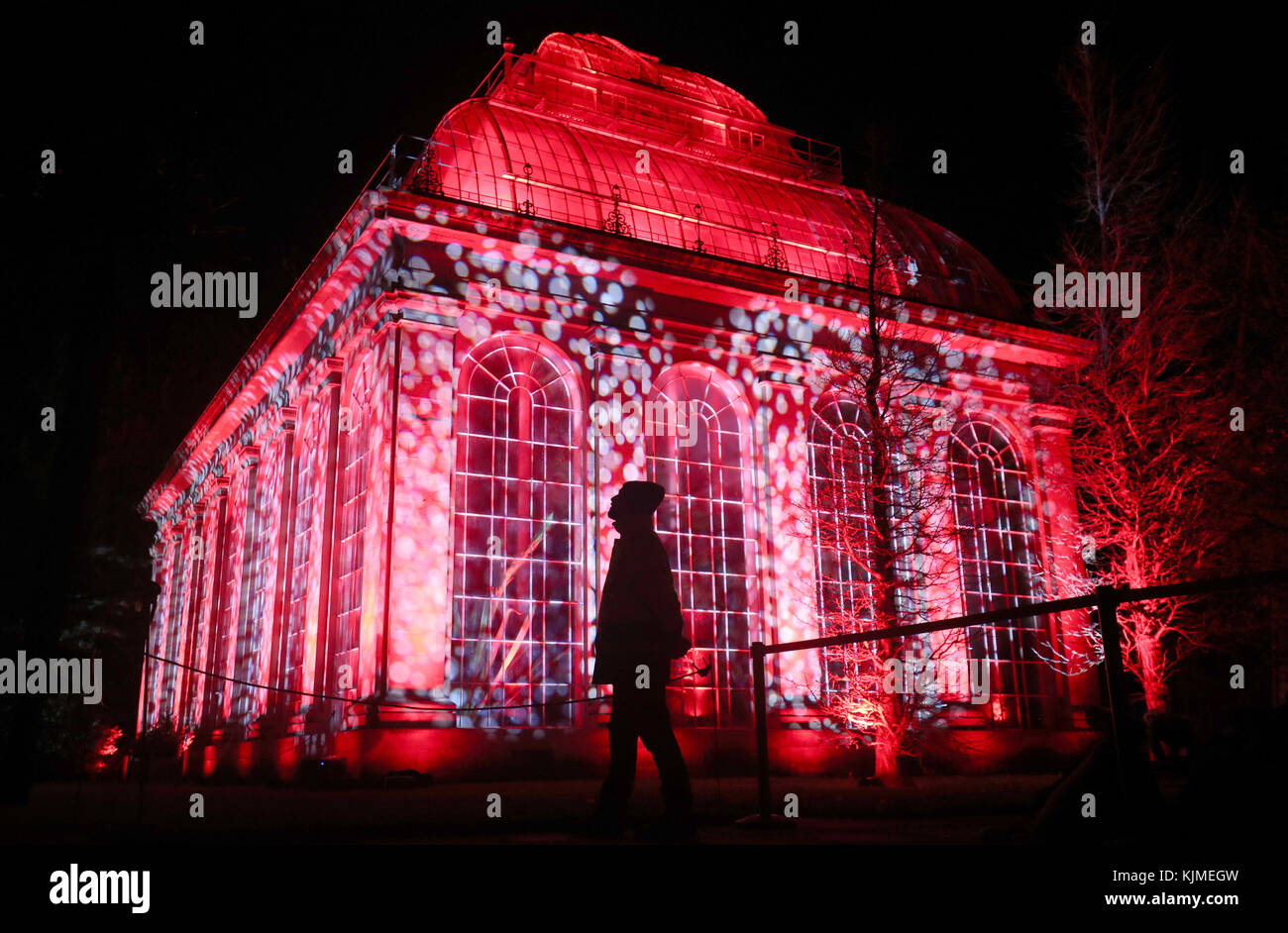 Lightworks stock photos lightworks stock images alamy - Glass house show ...