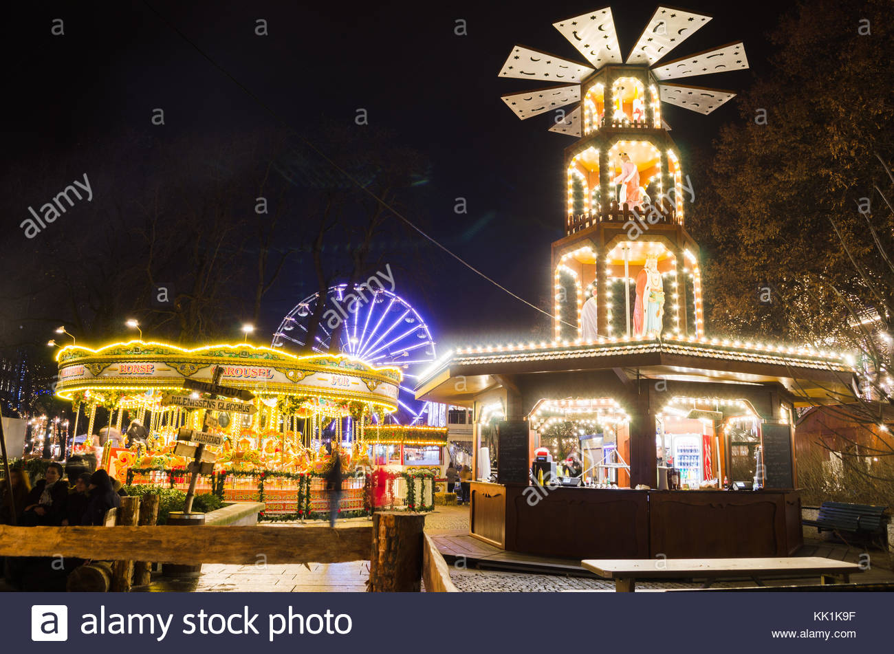 Attractions of Traditional Christmas Market in Oslo, Norway Stock ...