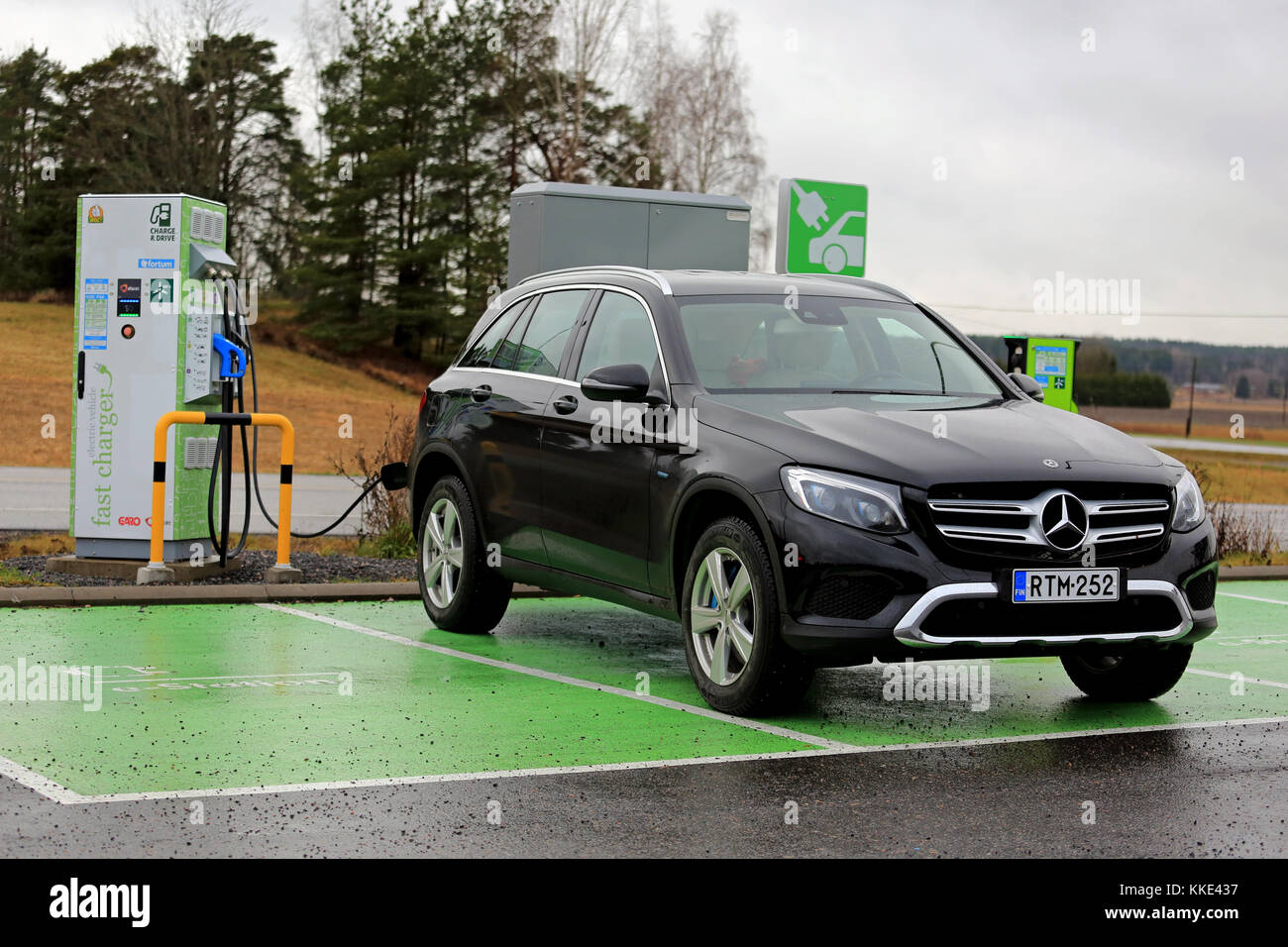 Ev charging station stock photos ev charging station for Mercedes benz service charges
