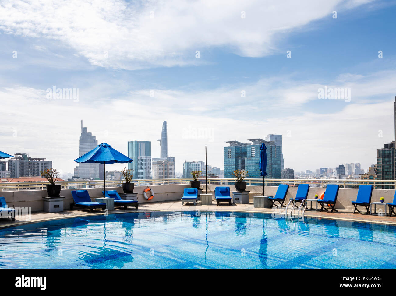 Sunloungers Pool Stock Photos Sunloungers Pool Stock Images Alamy