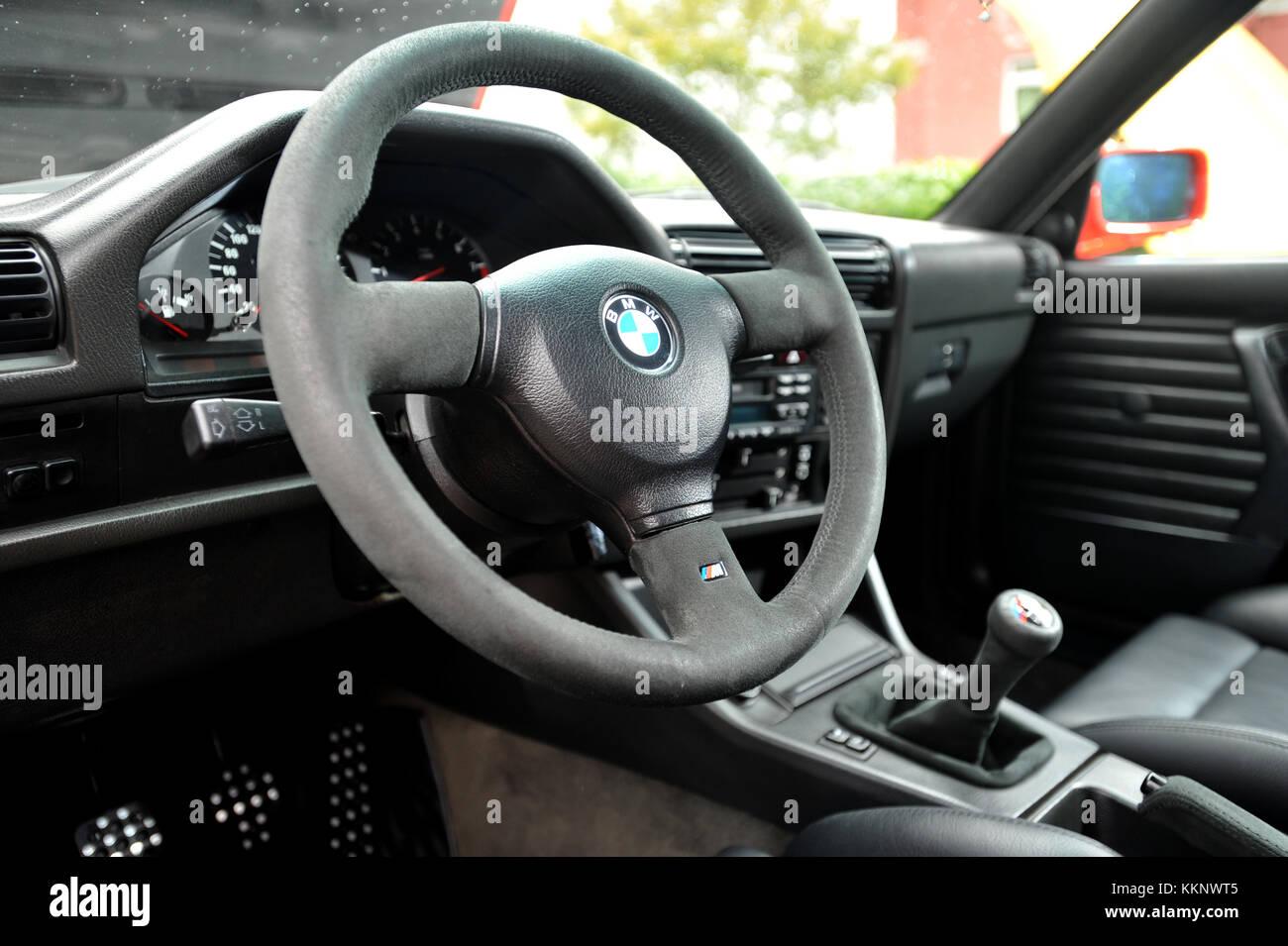 BMW E30 M3 interior Stock Photo: 167053045 - Alamy