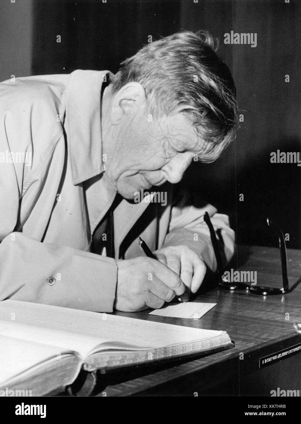 human and w h auden 323 quotes from wh auden: 'i'll love you, dear, i'll love you till china and africa meet, and the river jumps over the mountain and the salmon sing in the street', 'poetry might be defined as the clear expression of mixed feelings', and 'we must love one another or die'.