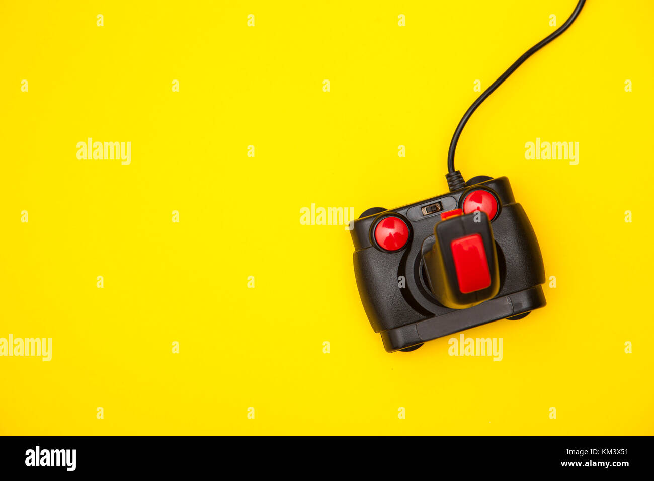 Image Result For Yellow Gaming Logoa